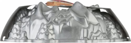 Nordic Ware Holiday Wreath Bundt Pan Perspective: right
