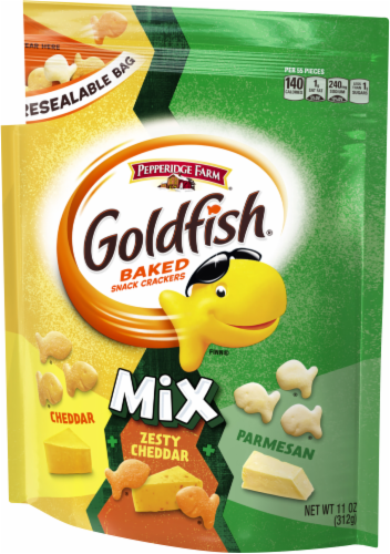 Goldfish Mix Three Cheese Baked Snack Crackers Perspective: right