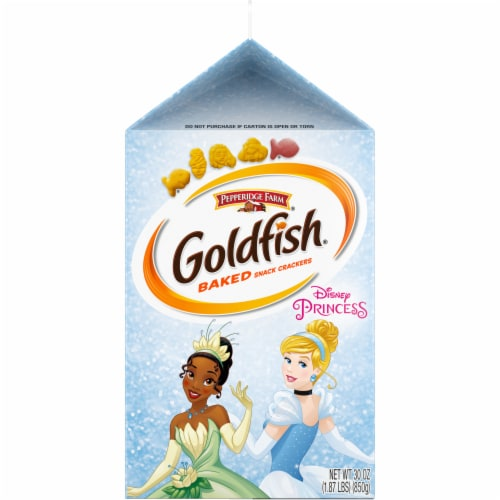 Goldfish Special Edition Cheddar Disney Princess Baked Snack Crackers Perspective: right