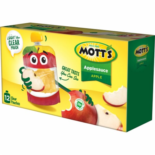 Mott's Applesauce Pouches Perspective: right