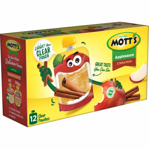 Mott's Cinnamon Applesauce Pouches Perspective: right