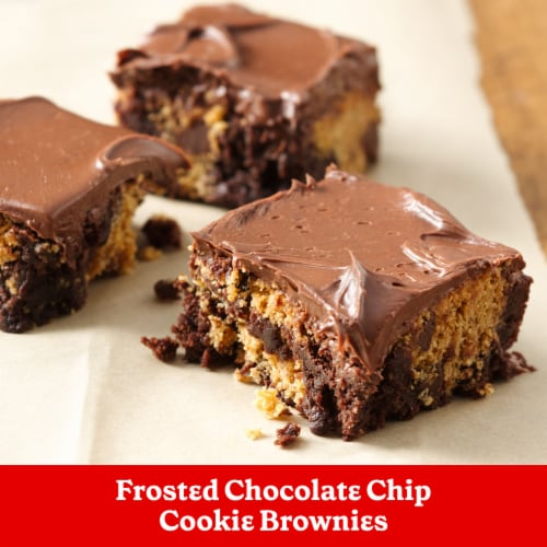Betty Crocker Rich & Creamy Chocolate Frosting Perspective: right