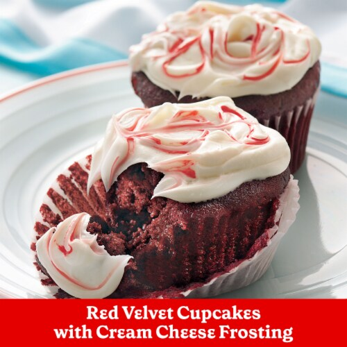 Betty Crocker Rich & Creamy Cream Cheese Frosting Perspective: right