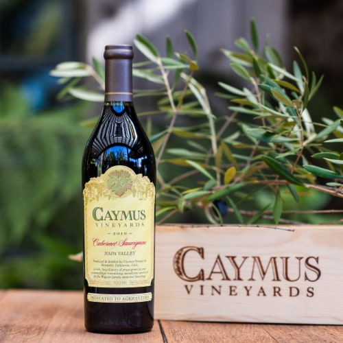 Caymus Vineyards Cabernet Sauvignon Red Wine Perspective: right