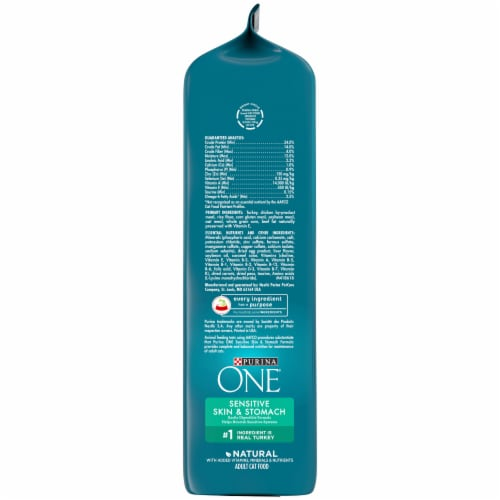 Purina ONE® Sensitive Skin & Stomach Natural Adult Cat Food Perspective: right