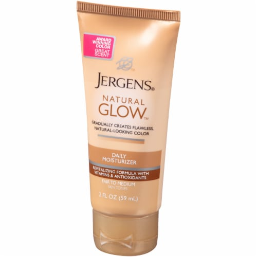 Jergens Natural Glow Fair to Medium Daily Moisturizer Perspective: right