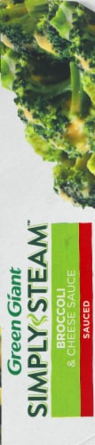 Green Giant Simply Steam Broccoli & Cheese Sauce Frozen Vegetables Perspective: right