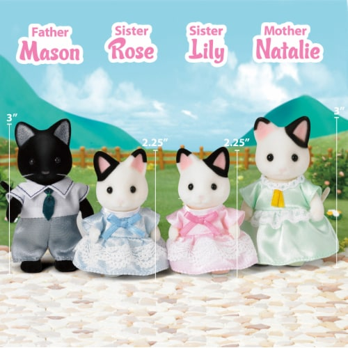 Calico Critters Tuxedo Cat Family Perspective: right