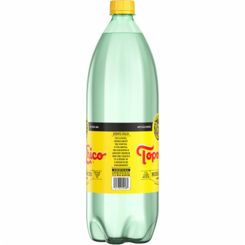 Topo Chico Carbonated Mineral Water Perspective: right