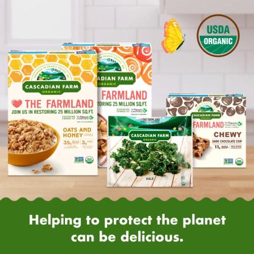 Cascadian Farm Premium Organic Cut Spinach Perspective: right