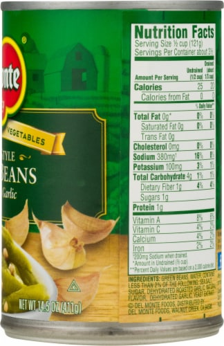 Del Monte French Style Green Beans with Roasted Garlic Perspective: right