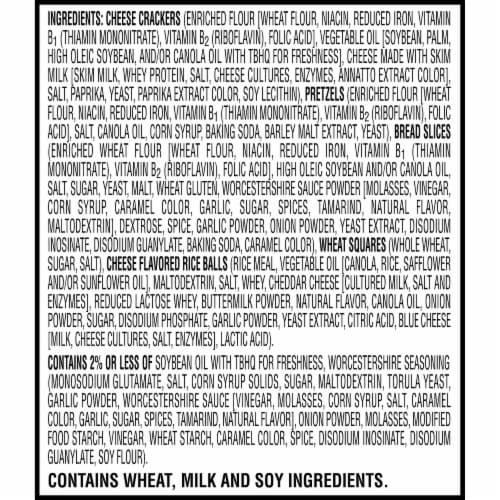 Cheez-It Caddies Crackers Snack Mix 12 Count Perspective: right