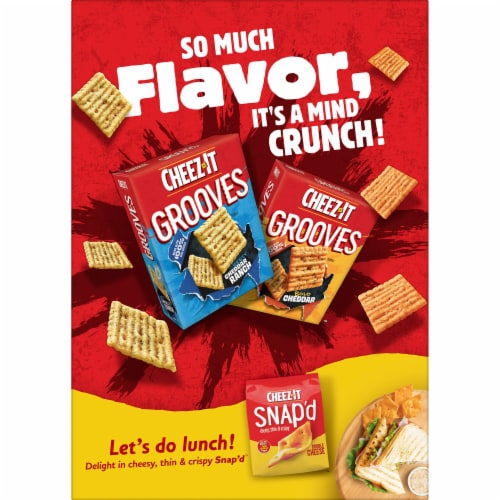 Cheez-It Baked Snack Cheese Crackers White Cheddar Family Size Perspective: right
