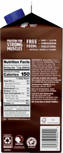 Silk Chocolate Protein Almond & Cashew Milk Perspective: right
