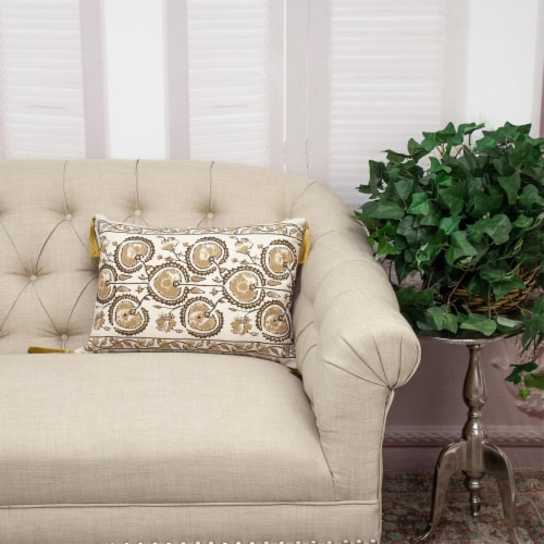 Parkland Collection Venus Transitional Beige Throw Pillow Perspective: right