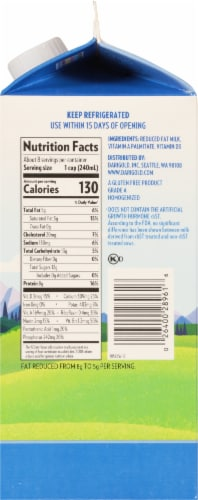 Darigold 2% Ultra-Pasteurized Reduced Fat Milk Perspective: right