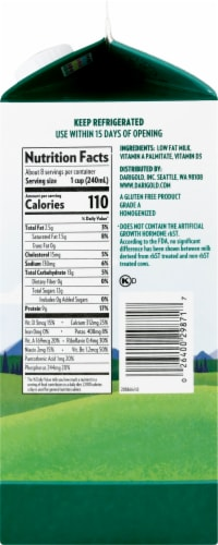 Darigold One Ultra-Pasteurized 1% Low Fat  Milk Perspective: right