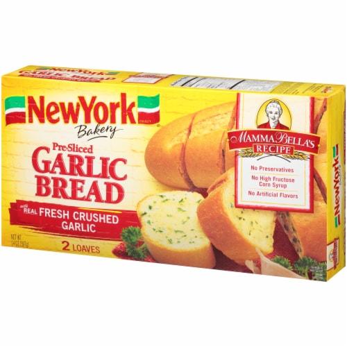 New York Bakery Mamma Bella's Recipe Pre-Sliced Garlic Bread Perspective: right