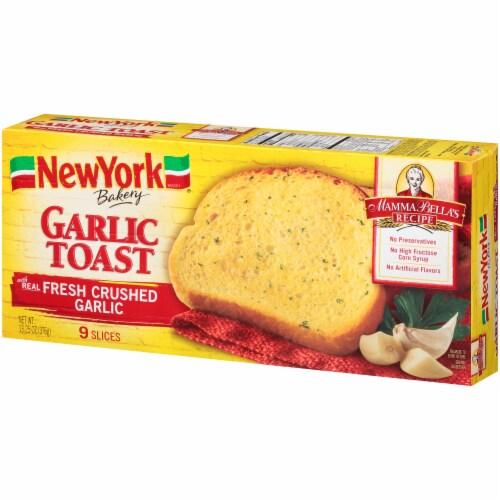 New York Bakery Garlic Toast Perspective: right