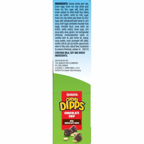 Quaker Chewy Dipps Chocolate Chip Granola Bars Perspective: right