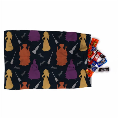 Jay Franco Hocus Pocus Trick or Treat Pillowcase Perspective: right