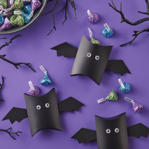 Hershey's Milk Chocolate Kisses Monster Halloween Candy Perspective: right