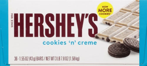 Hershey's Cookies 'n' Creme Standard Candy Bars Perspective: right