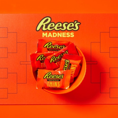 Reese's THiNS Peanut Butter Cups Milk Chocolate Candy Perspective: right