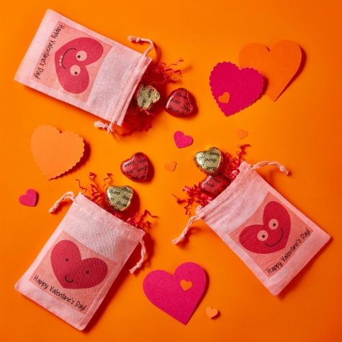 REESE'S Valentine's Milk Chocolate Peanut Butter Hearts Candy Heart Box Perspective: right