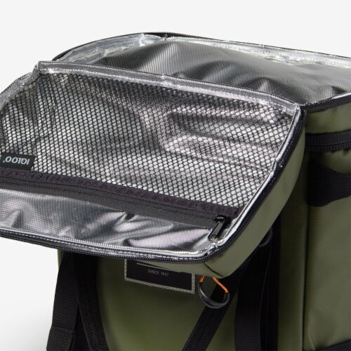 Igloo Pursuit 24 Can Portable Backpack Cooler w/ Adjustable Straps, Chive Green Perspective: right