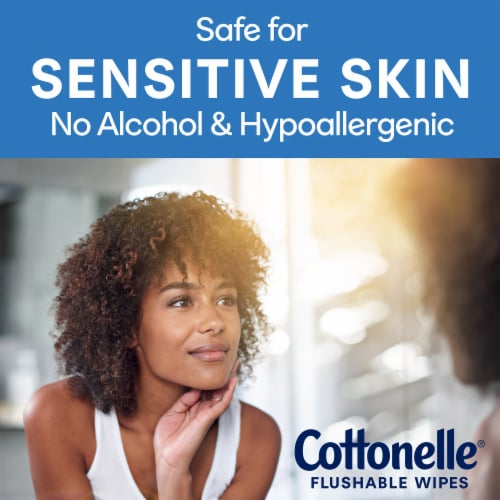 Cottonelle Flushable Hypoallergenic Wipes Perspective: right