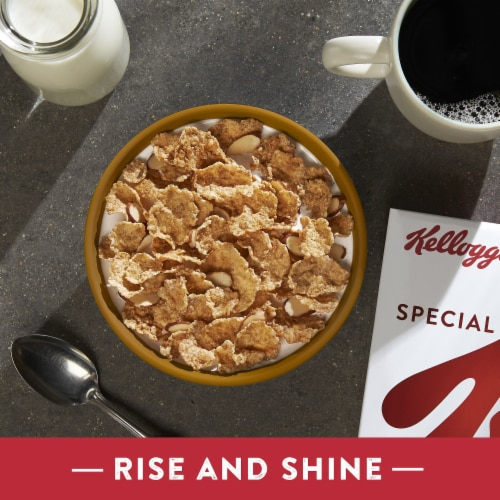 Kellogg's Special K Vanilla and Almond Breakfast Cereal Perspective: right