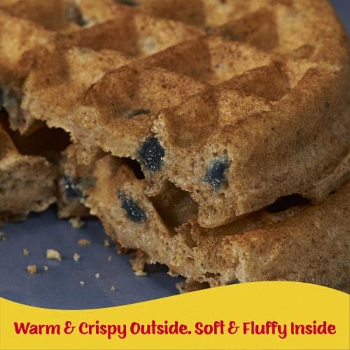 Eggo Nutri-Grain Frozen Breakfast Waffles Blueberry Perspective: right