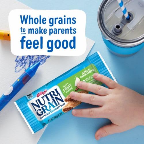 Kellogg's Nutri-Grain Soft Baked Breakfast Bars Apple Cinnamon Perspective: right