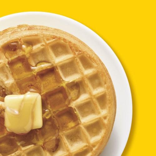 Eggo Frozen Breakfast Waffles Buttermilk Perspective: right