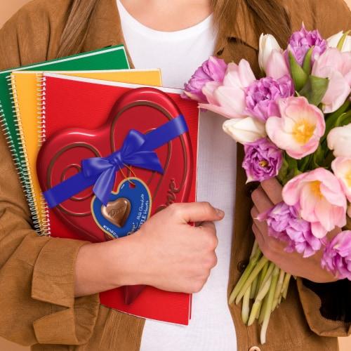 Dove Milk Chocolate Truffle Hearts Tin Perspective: right