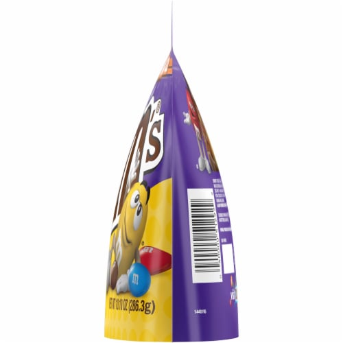 M&M's Dark Chocolate Peanut Candies Sharing Size Bag Perspective: right