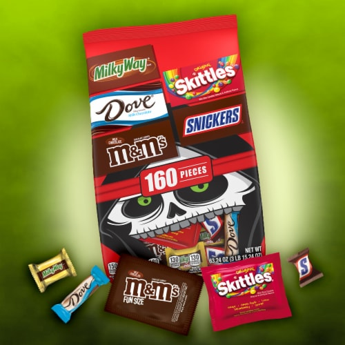 Mars Chocolate Halloween Candy Variety Bag Perspective: right