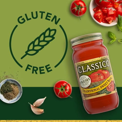 Classico Traditional Sweet Basil Pasta Sauce Perspective: right