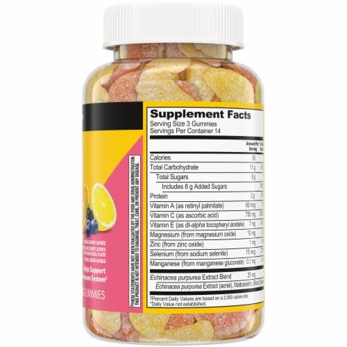 Kroger Vitamin C Immune Gummy Perspective: right