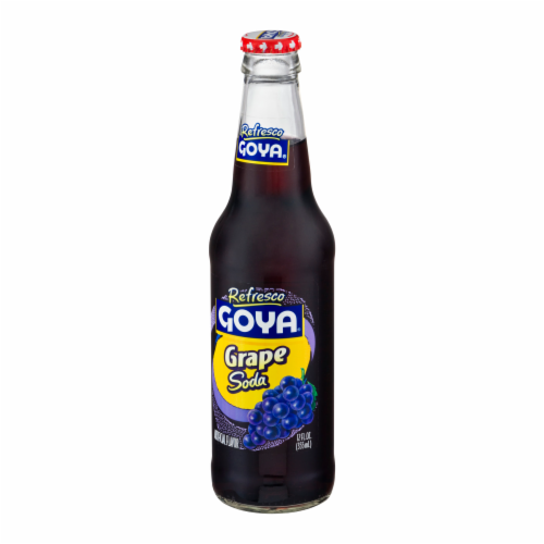 Goya Refresco Grape Soda Perspective: right