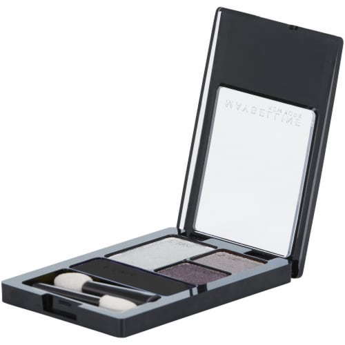 Maybelline Expert Wear Charcoal Smokes Eyeshadow Quad Perspective: right