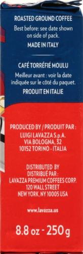 LavAzza Crema e Gusto Classico Roasted Ground Coffee Perspective: right