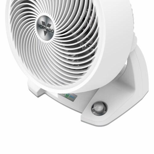 Vornado 633DC Energy Smart Air Circulator Fan Perspective: right