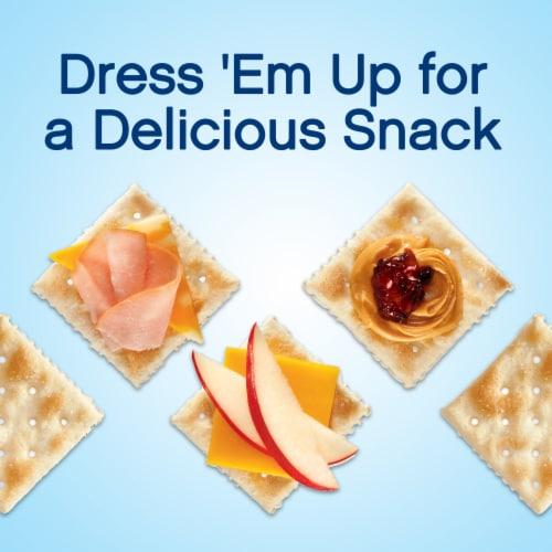 Premium Original Sea Salt Saltine Crackers Perspective: right