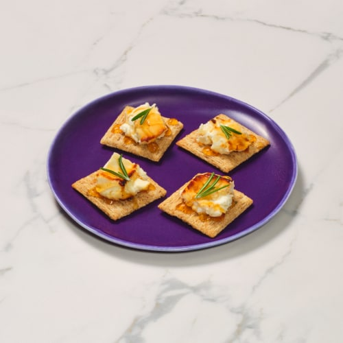 Triscuit Rosemary & Olive Oil Crackers Perspective: right