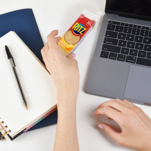 Ritz Cheese Cracker Sandwich Snack Packs Perspective: right