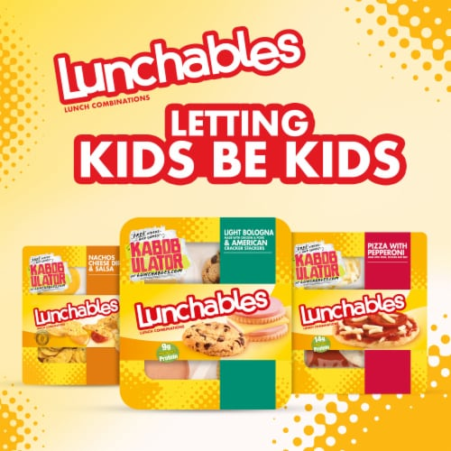 Lunchables Light Bologna & American Cracker Stackers Perspective: right
