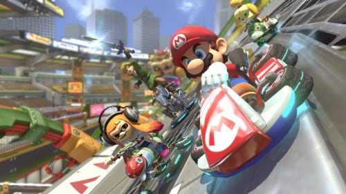 Mario Kart 8 Deluxe (Nintendo Switch) Perspective: right