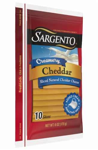 Sargento® Creamery Cheddar Cheese Slices Perspective: right